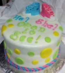 Bady Reveal  Cake