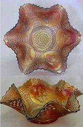 Horse Head Medallion ruffled bowl, amberina