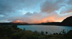 Sunrise on Lake Pehoé.