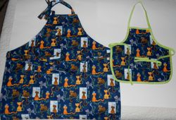 Cats mother/toddler aprons on Etsy