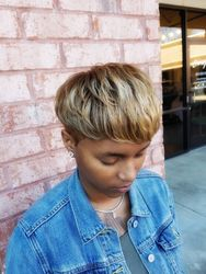 Blonde w/Highlights