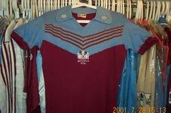 Graham Paddons 1976 UEFA ECWC Final worn # 8 shirt
