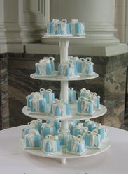 Communion Mini Cakes