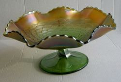 Petals compote, in green, side view.