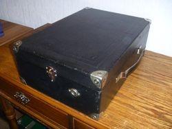 HMV Model 100 1