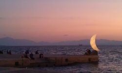 : Seafront crescent moon structure at Thessaloniki, 22 July 2011,