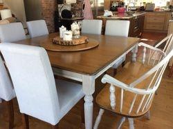 base de la table peint Old White
