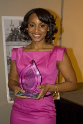 Award recipient Anika Noni Rose
