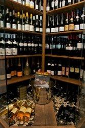 velfyllt vinskap