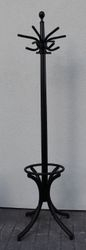 Thonet antikvarine originali kabykla. Kaina 92 Eur.