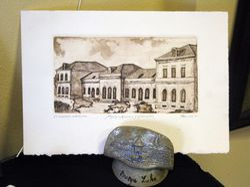 Stara zeljeznicka stanica. Grafika od akademskog slikara Mihajila Rakite .