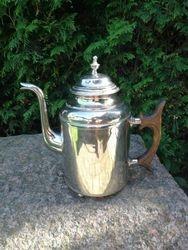 Antikvarinis arbatinis. Kaina 38
