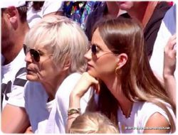 Tomas Berdych's wife Ester and mother Hana