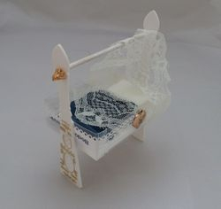 Cradle made from plastic fan