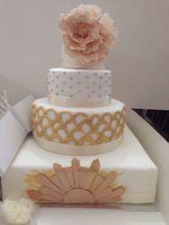 White & Gold Cake