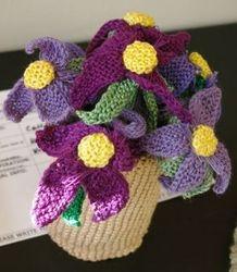 Knitwit flowers by Cecilia Steyn