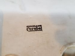 Detail signature du phoque en porcelaine Cerabel