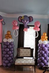 Balloon Column Scultures Baby Bottles w/small arch