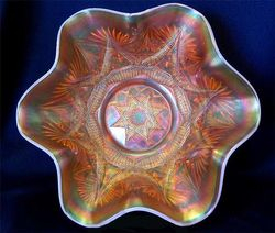 Ski Star large ruffled bowl, peach opal