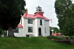 Grand Traverse Lighthouse 1