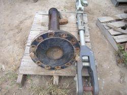 Mid 65C Thru 95E Rear Axle