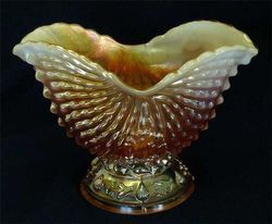 Nautilus sugar bowl, in peach opal