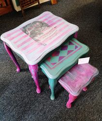 Cheshire cat themed nest of tables