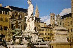432 Neptune Fountain Rome