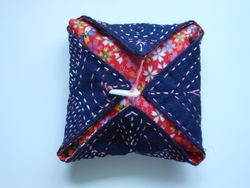 Front of Pin cushion
