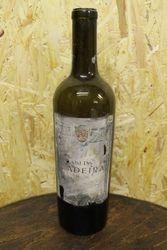 Prieskarinis Madeiros butelis. Kaina 11 Eur.