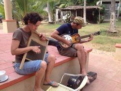 musicos en el tianguis cultural