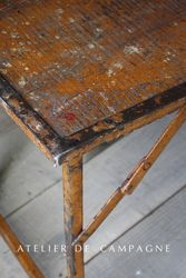 #26/010 FOLDING TABLES DETAIL