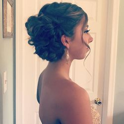 Side view - Prom up do