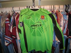 2006 UEFA Cup issued keeper shirt