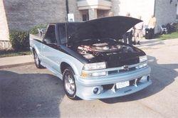 Steve Larson's Chevy S-10 Pick-UP