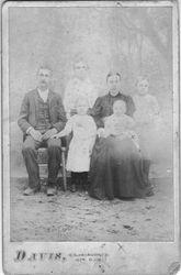 James Hillary manning with Fletcher, Claude, Price, Grandma Jenny, and Fatey (on lap) 1890