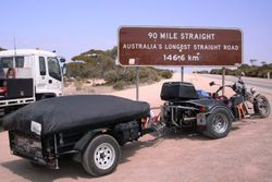 Trike & Trailer starting on the 90 Mile Straight