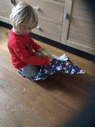 Tigo aan het uitpakken 2015