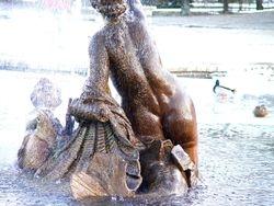 Schönbrunn fountain
