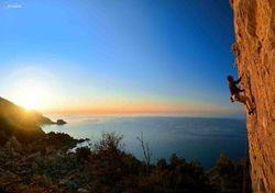 Samos , climbing to sky