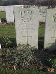 Pte. 42811 F.RAWCLIFFE. 2nd/9th Bn.