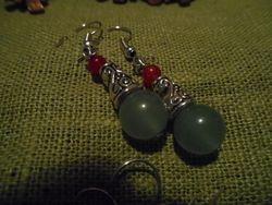 Jadeörhängen/ Jade earrings