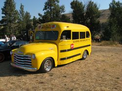 1949 Bothell Bus with a 454