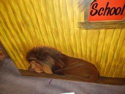 Safari Hut - Lion side