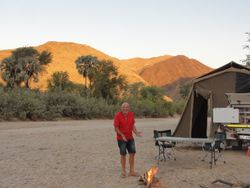 first night of wild camping in the riverbed