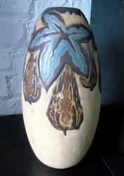 Vase en grès Boch