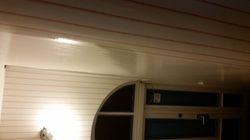 lakiranje tapeta s lakom
