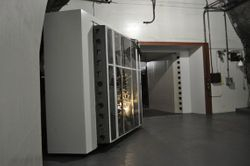Cheyenne Mountain USAF 25 ton door