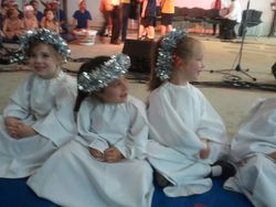 Angels at Whittlesea Community Carols