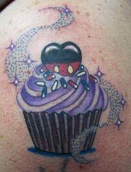 Sue's Sweetheart Mickey Cake